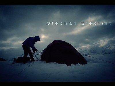 Stephan Siegrist mit medi Produkten