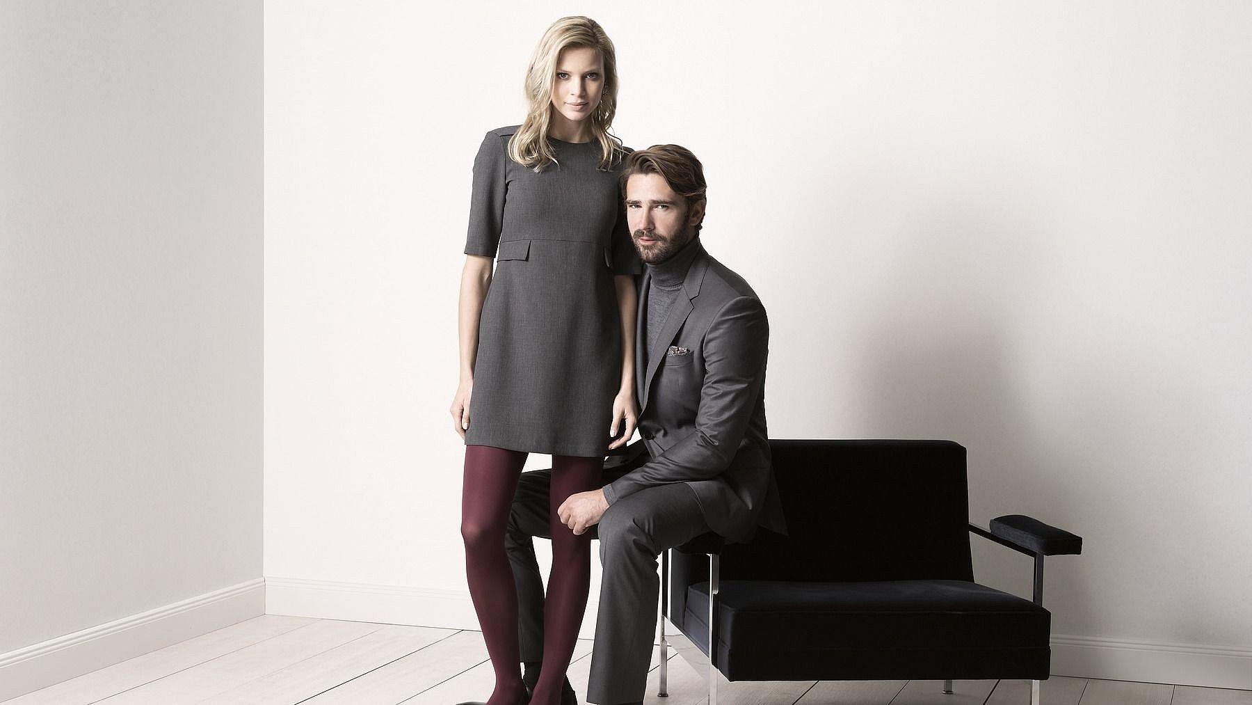 Mann und Frau tragen medi mJ-1 Strümpfe für venengesunde Beine