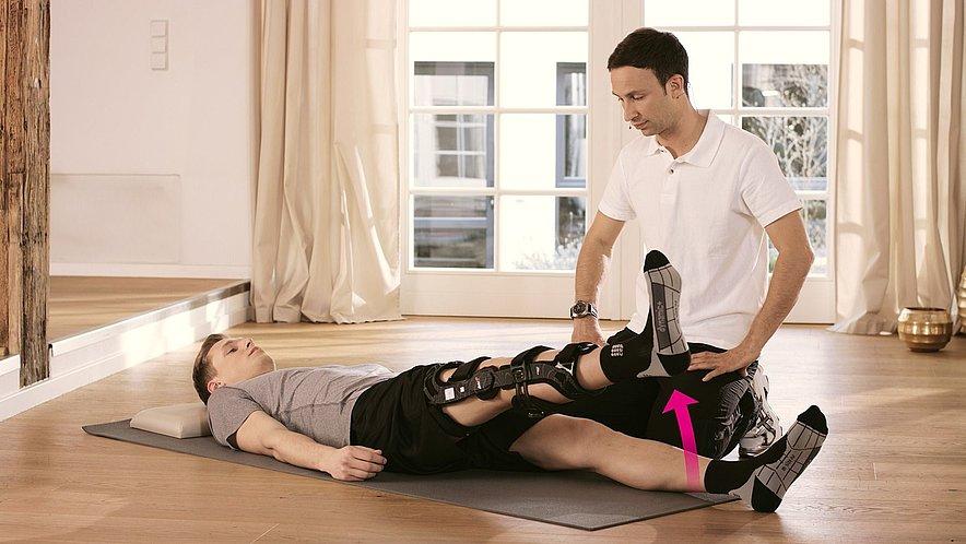 Übung zur Kräftigung der Oberschenkelmuskulatur - Übung zur Kräftigung der Oberschenkelmuskulatur