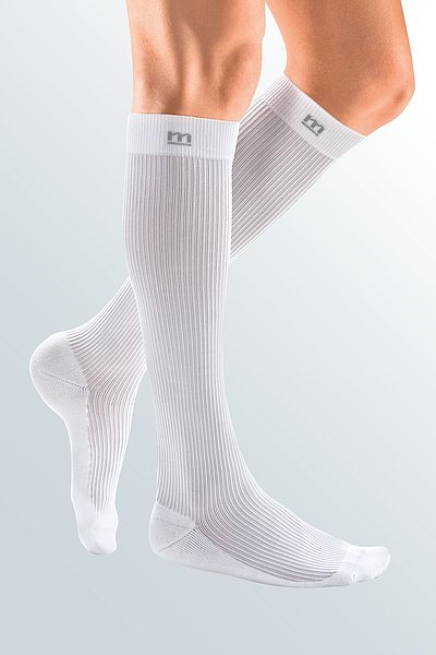 sporty compression stocking for men white