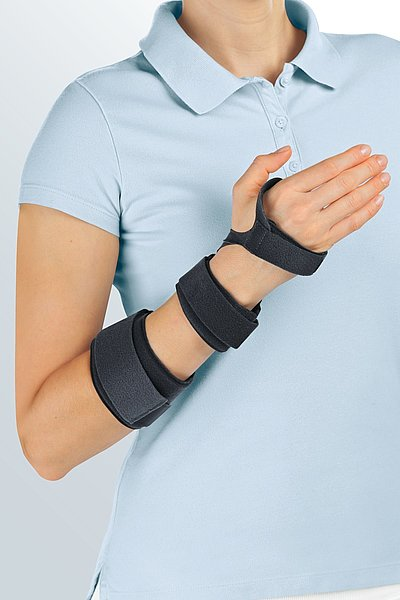 Manumed tri wrist supports