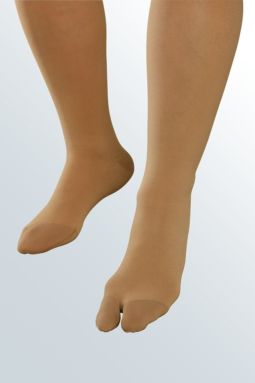 Hallux valgus with compression hosiery