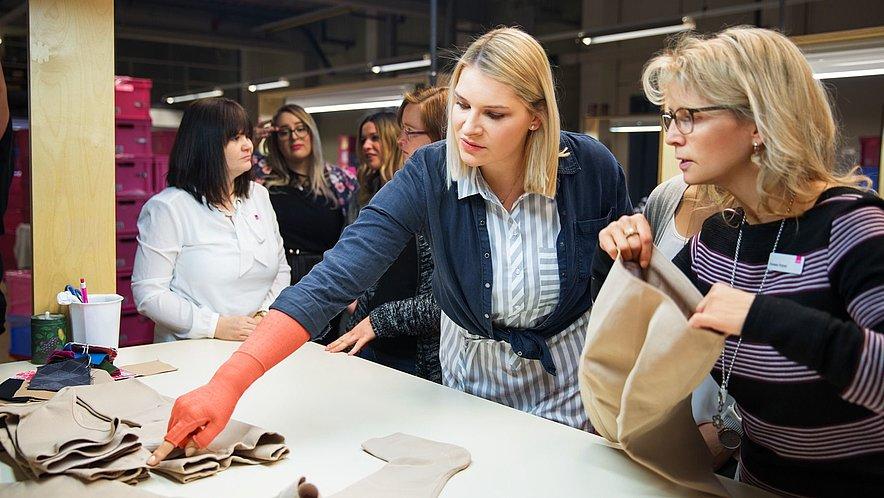 Modeblogger zu Besuch - Produktionsschritte