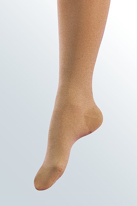 Closed toe models for compression stockings from medi