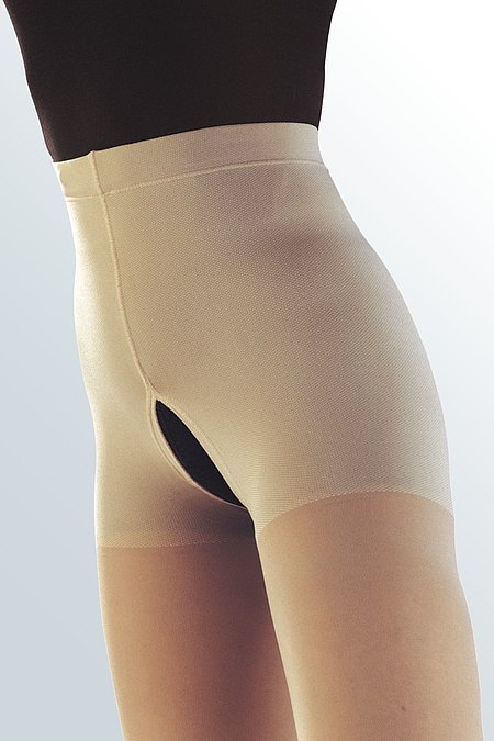 Pantyhose with an open gusset from medi