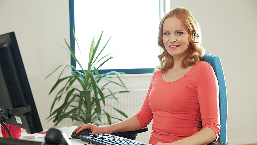 Helpful tips and tricks from medi for a strong back in everyday working life