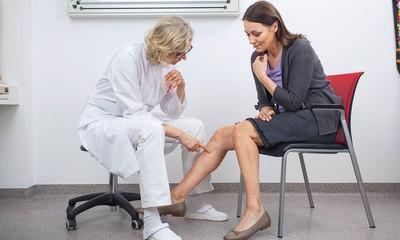 Compression treatment disease-modifying treatment