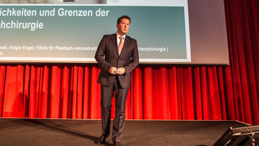 Der wissenschaftliche Leiter der Synergie 2018: Dr. Holger Engel.